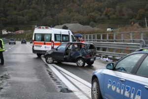 Incidenti stradali: due feriti su statale 280