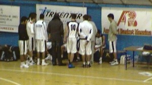 Mia Messina-Paceco 66-63 Time out Mia