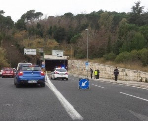 strada chiusa per incidente