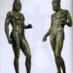 Bronzi-Riace-consegna-firme-FirmiamoIT