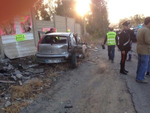 Incidente SS 106 auto