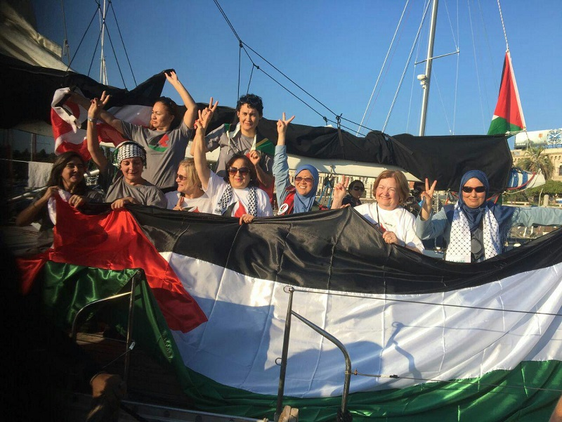 Freedom Flottilla donne, barca attracca in porto Israele