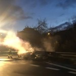 auto in fiamme (3)