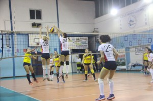 Muro a due del Mondo Volley Messina